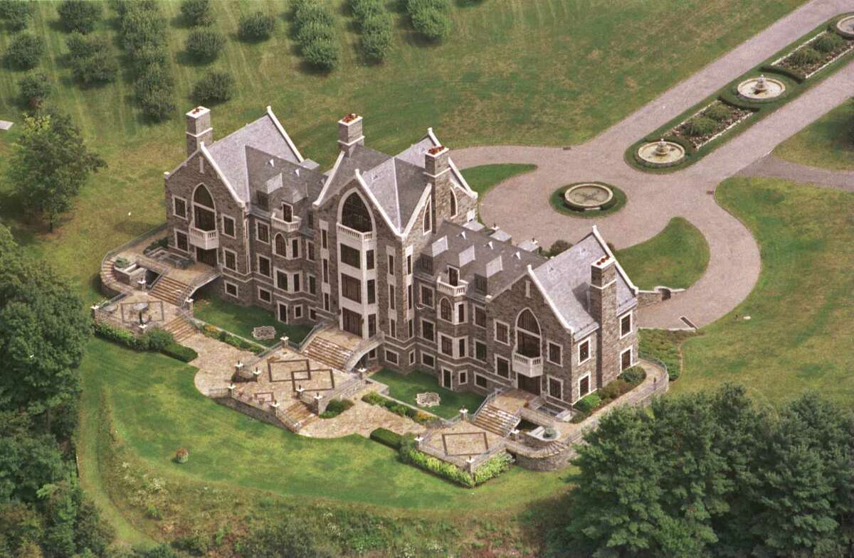 Aerial view of Llenroc mansion in Rexford. (Times Union archive)