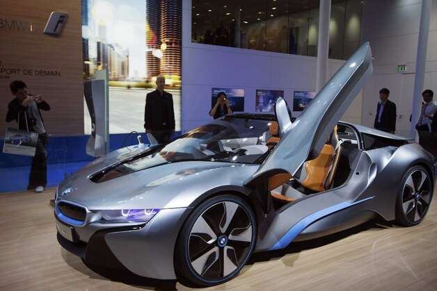 BMW is working on its VisionEfficientDynamics supercar, with – only! – 350 horsepower and a price that will be less than a Rolls-Royce. Photo: JOEL SAGET, AFP/Getty Images / AFP