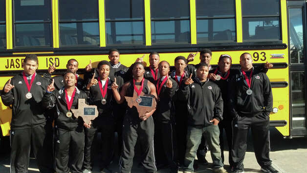 The IronDawgs won the Region 4 Division 2 Championship this week at the Regional Meet in Cleveland. Photo: Courtesy Photo