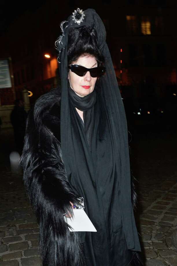 Totally Crazy-town: Paris-based US-born international fashion blogger and critic Diane Pernet arrives in Paris. Photo: MIGUEL MEDINA, Getty Images / 2013 AFP