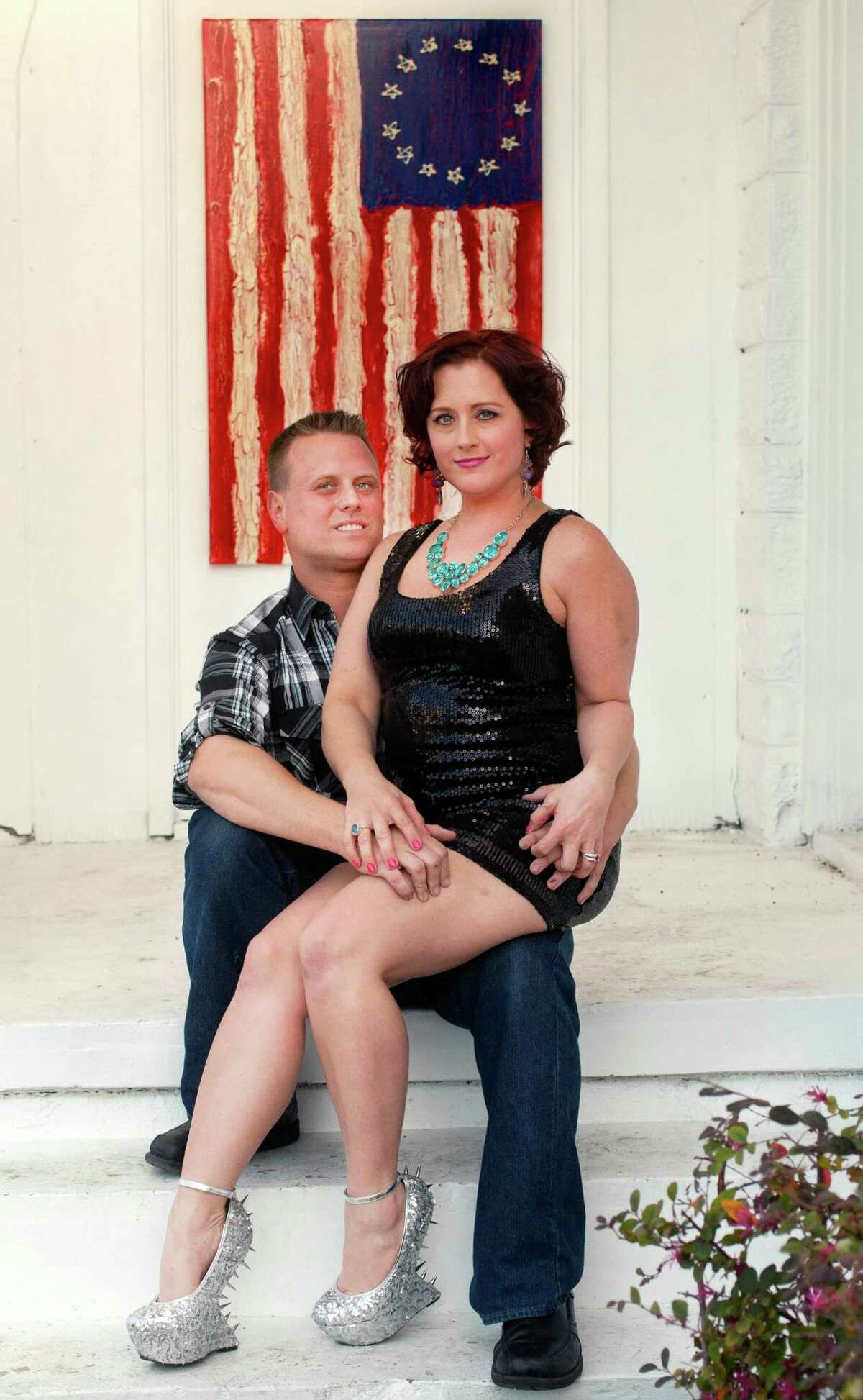 Nikki Araguz and her fiance, William Loyd, have launched the Starving Artist gallery, which includes some of his paintings and her jewelry.