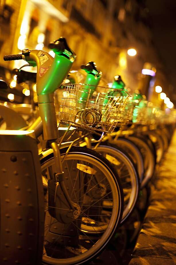Paris' Velib bike rental program is visitor-friendly now. Photo: Muriel De Seze, Digital Vision