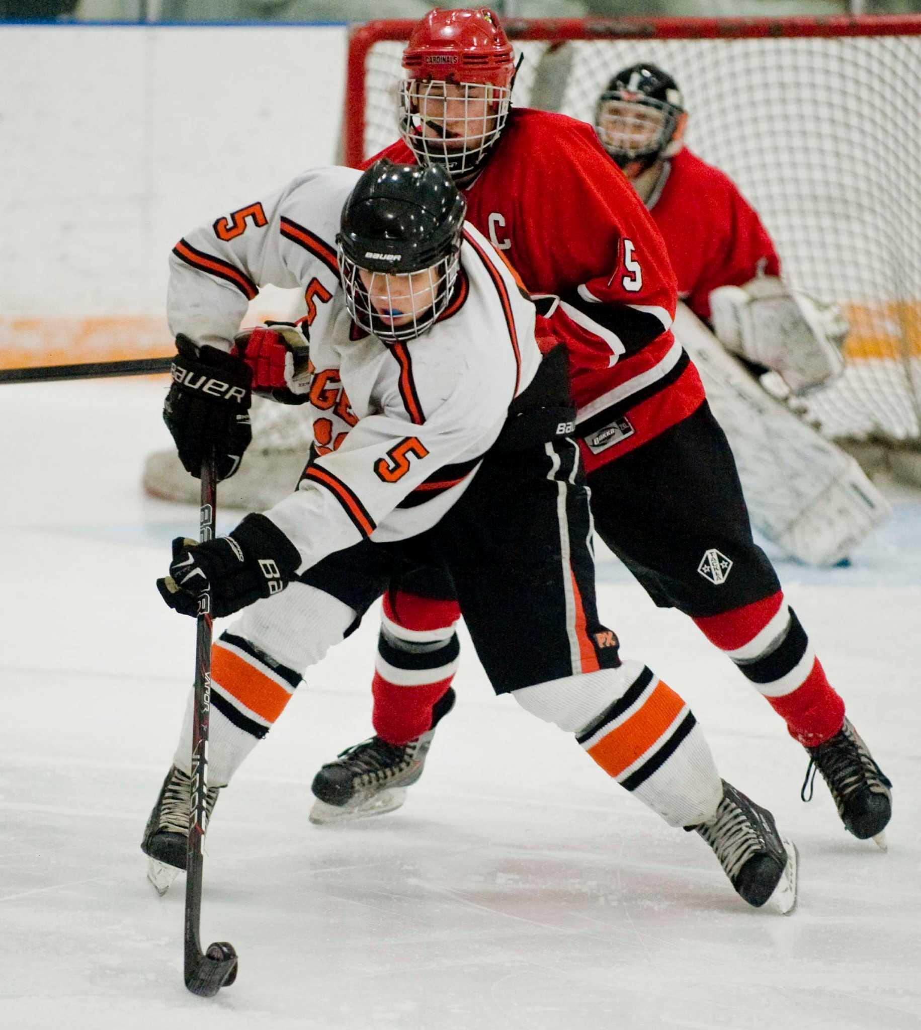 ridgefield boys hockey dominates greenwich in div i tournament