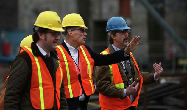 Washington Governor Jay Inslee, second from right, is given a tour of an under-construction nuclear waste treatment facility at Hanford Nuclear Reservation near Richland. Inslee announced plans to ship nuclear waste to New Mexico, a plan that may face resistance from the Land of Enchantment. Photo: JOSHUA TRUJILLO / SEATTLEPI.COM