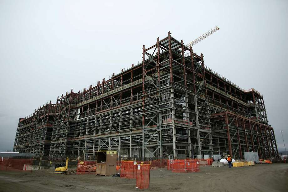 An under-construction pre-treatment nuclear waste facility is shown during a tour of the Hanford Nuclear Reservation. Photo: JOSHUA TRUJILLO / SEATTLEPI.COM