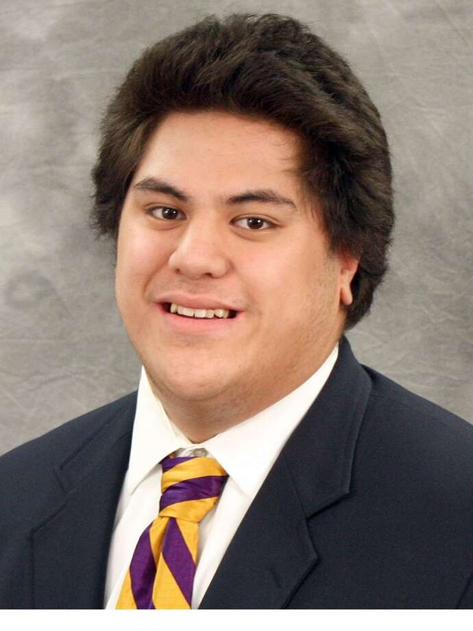 James Atoe| 70 | offensive linemanYear: junior (redshirt)Experience on UW varsity team: two years Hometown: The Dalles, Ore.Last school: The Dalles-Wahtonka HighHeight: 6-foot-6Weight: 335 pounds