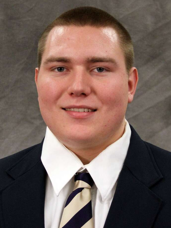 Jake Eldrenkamp | 52 | offensive linemanYear: freshman (redshirt)Experience: redshirtHometown: Medina, Wash.Last school: Bellevue HighHeight: 6-5Weight: 292