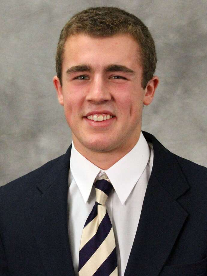 Jeff Lindquist | 5 | quarterbackYear: freshman (redshirt)Experience: redshirtHometown: Mercer Island, Wash.Last school: Mercer Island HighHeight: 6-3Weight: 234
