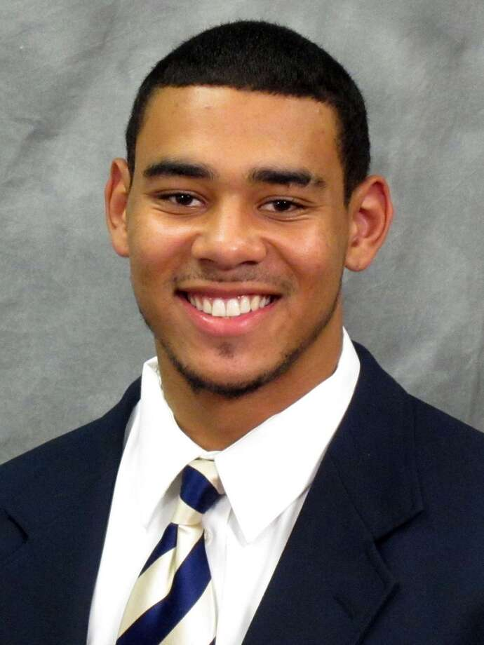 Cyler Miles | 10 | quarterbackYear: freshman (redshirt)Experience: redshirtHometown: Centennial, Colo.Last school: Mullen HighHeight: 6-4Weight: 223