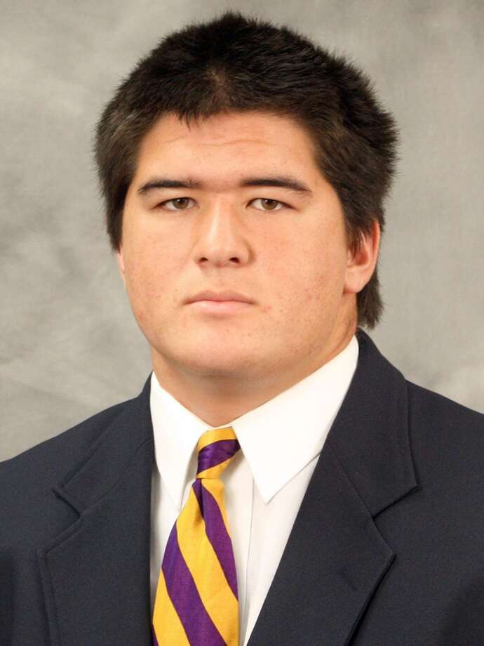 Colin Tanigawa | 64 | offensive linemanYear: junior (redshirt)Experience: one yearHometown: Pasadena, Calif.Last school: Loyola HighHeight: 6-3Weight: 281