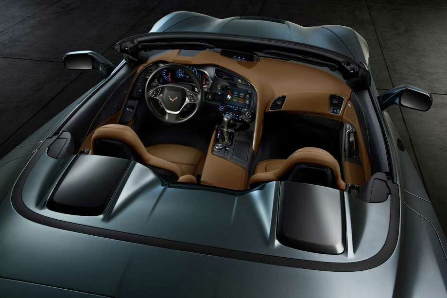 The all-new 2014 Chevrolet Corvette Stingray convertible interior blends fine materials and craftsmanship with advanced technologies to deliver a more connected and more engaging driving experience. Photo: Chevrolet