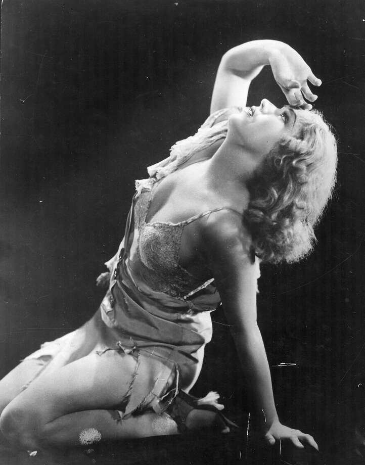 "Fay Wray during a moment of despair in a scene from ""King Kong,"" directed by Merian C. Cooper and Ernest B. Schoedsack for RKO. Photo: Hulton Archive, Getty Images / Moviepix"