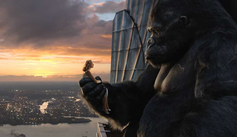 In the 2005 version, Naomi Watts shares a quiet moment at sunrise with Kong atop the Empire State Building. Photo: Getty Images / UNIVERSAL STUDIOS
