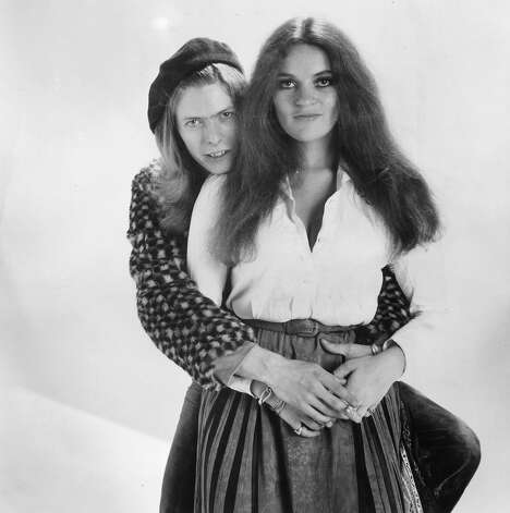 English pop star David Bowie with singer Dana Gillespie in 1971. Photo: Michael Stroud, Getty Images / Hulton Archive