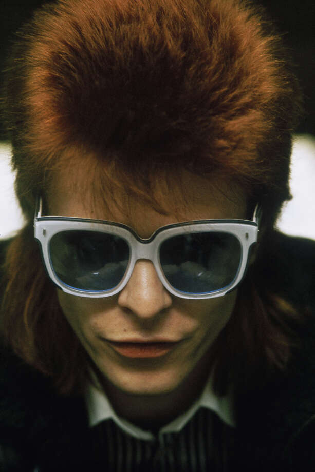 English singer-songwriter David Bowie, circa 1974. Photo: Anwar Hussein, Getty Images / 2006 Getty Images