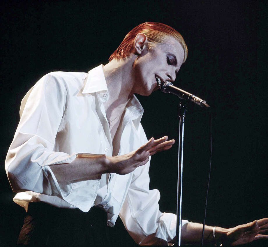 Singer David Bowie performing on stage as the Thin White Duke on his Station To Station World Tour at the Wembley Empire Pool in London, 1976. Photo: Michael Putland, Getty Images / 2011 Getty Images