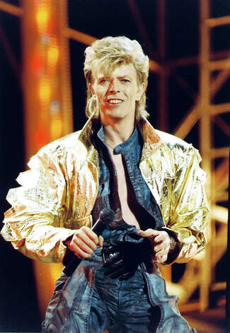 David Bowie performing on stage during the Glass Spider tour in 1987. Photo: Peter Still, Getty Images / Redferns