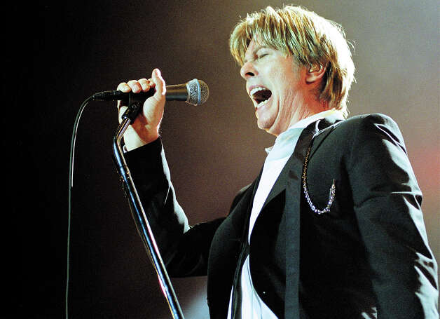 David Bowie, 2002. Photo: Peter Pakvis, Getty Images / Redferns