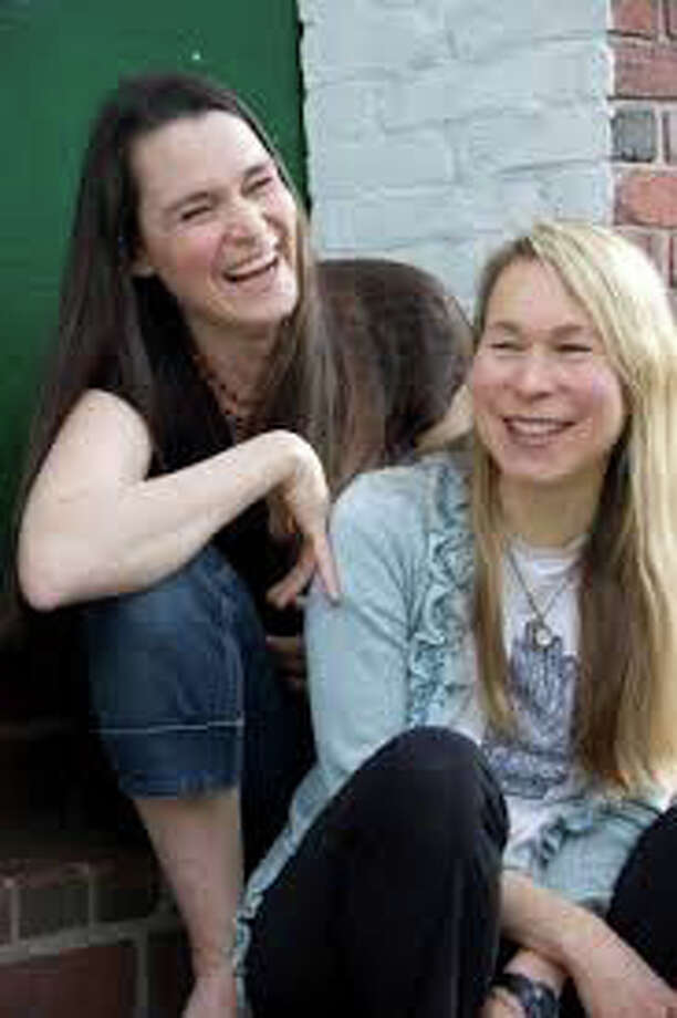 Lend your weekend a musical note with a performance by The Nields Saturday at Voices Cafe. Photo: Contributed Photo / Westport News