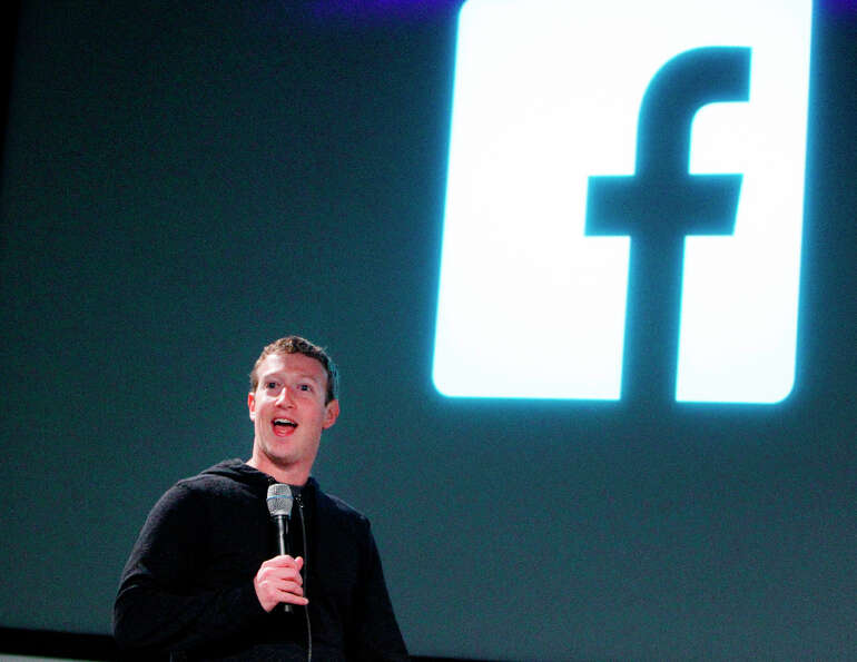 Mark Zuckerberg announces a redesign of  Facebook's  News Feed during a press conference at it's hea