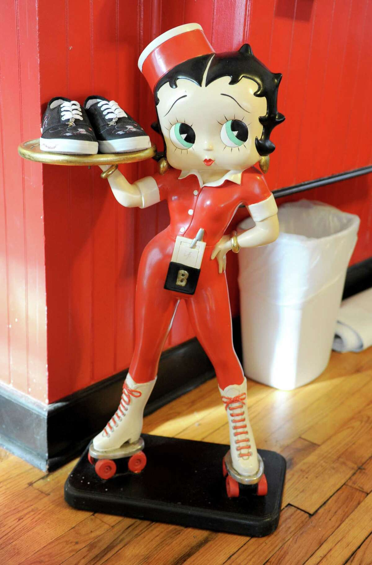 Betty Boop's Diner . 115 Philip St., Albany.