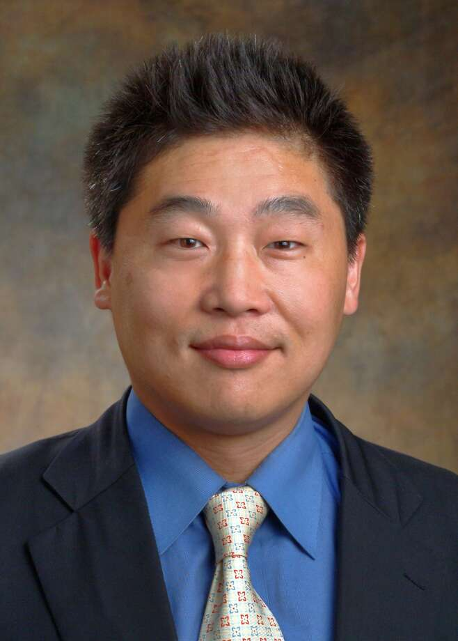 Dr. Winston Chung is a psychiatrist with Sutter Pacific Medical Foundation and is affiliated with the California Pacific Medical Center in San Francisco. Photo: Cpmc, Courtesy Dr. Winston Chung