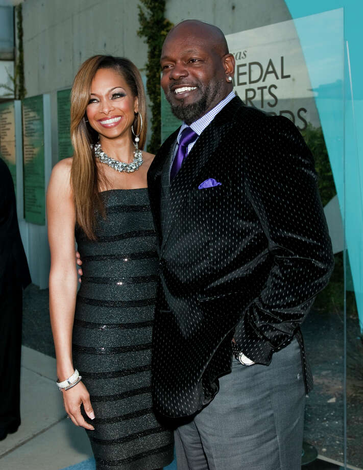 Retired NFL runningback Emmitt Smith, right, and his wife Patricia Southall on the red carpet of the 2013 Texas Medal of Arts gala on Tues., March 5, 2013 at the Long Center in Austin, TX.  Gene Jones and her daughter, Charlotte Jones Anderson, received the Indiviual Art Patron Award.Ashley Landis for the Houston Chronicle Photo: Ashley Landis, For The Houston Chronicle / copyright 2013 Ashley Landis