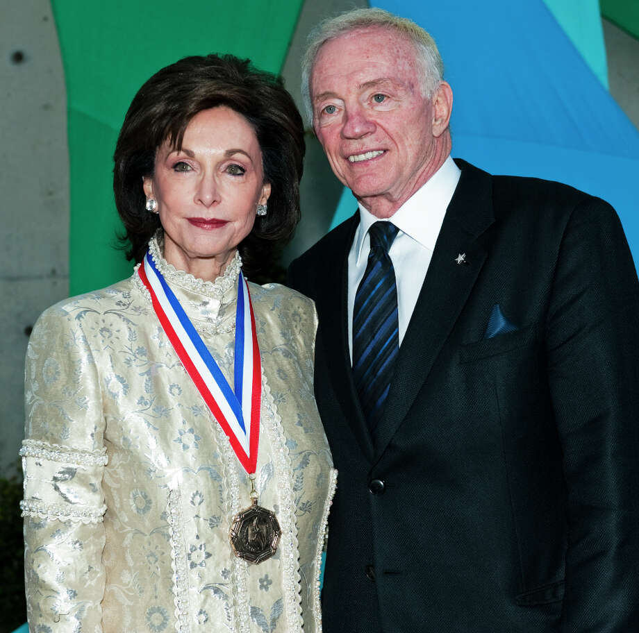 GeneJones, left, and her husband Cowboys owner Jerry Jones, right, on the red carpet of the 2013 Texas Medal of Arts gala on Tues., March 5, 2013 at the Long Center in Austin, TX.  Gene Jones and her daughter, Charlotte Anderson Jones, were honored with the Individual Art Patron Award.Ashley Landis for the Houston Chronicle Photo: Ashley Landis, For The Houston Chronicle / copyright 2013 Ashley Landis