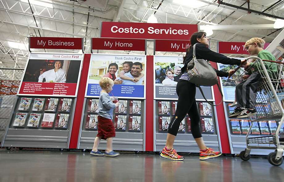 Costco's female workers allege in a 2004 lawsuit that they were passed over for promotions. The class-action discrimination suit will be head in federal court in January, a judge ordered. Photo: Jim Wilson, New York Times
