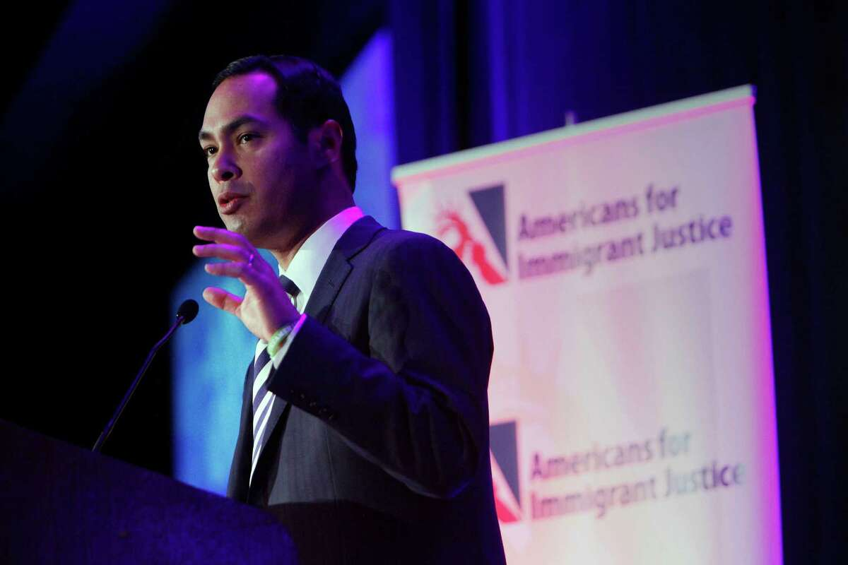 Mayor Julian Castro delivers an address at the Americans for Immigrant Justice annual meeting at the Hotel Intercontinental in Miami, Florida. A readers is happy to see Castro's travel record scrutinized.