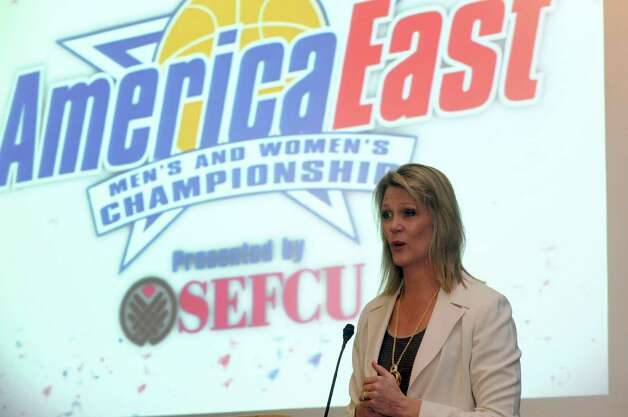 UAlbany head coach Katie Abrahamson-Henderson received  coach of the year honors during the America East women's basketball award presentation on Thursday March 7, 2013 in Albany, N.Y. (Michael P. Farrell/Times Union) Photo: Michael P. Farrell