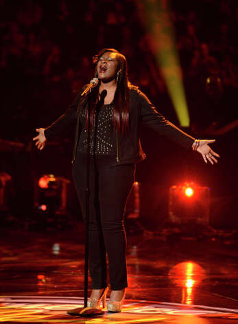 AMERICAN IDOL: Candice Glover performs in front of the judges on AMERICAN IDOL airing live Tuesday, March 5 (8:00-10:00PM ET/PT) on FOX. CR: Michael Becker / FOX. Copyright / FOX.