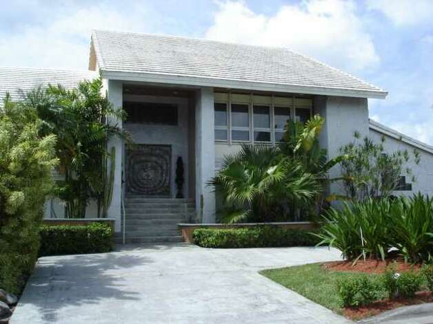 Marco Scutaro purchased this $1.1 million vacation home in Doral, Florida