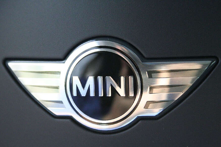 Mini: Female buyers accounted for 48.3 percent of Mini sales in 2012, according