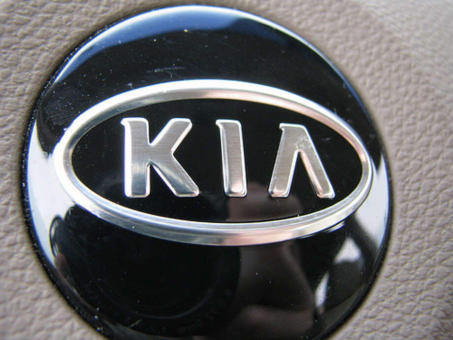 Kia: Female buyers accounted for 48.1 percent of Kia sales in 2012, according to R.L. Polk. (Photo: Merfam, Flickr) Photo: Flickr