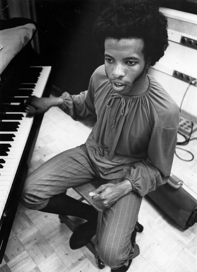 Sly Stone photographed in the studio. Photo: Michael Ochs Archives, Getty Images / Michael Ochs Archives