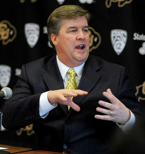 2330 x 2469~~$~~Colorado head coach Mike MacIntyre talks about his first recruiting class on signing