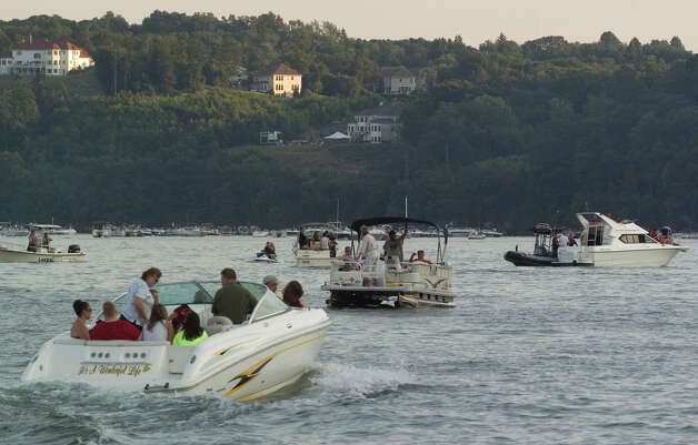 Boaters on Candlewood Lake near the Danbury Town Park on in this file photo from June 2012. Photo: Jason Rearick / The News-Times