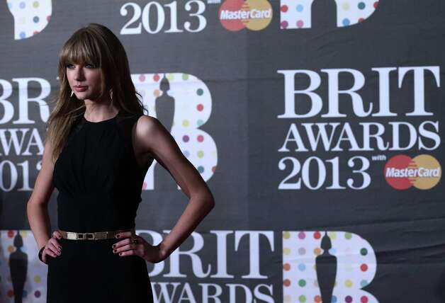 Taylor Swift is still stinging from a joke told by Tina Fey and Amy Poehler at the Golden Globes.