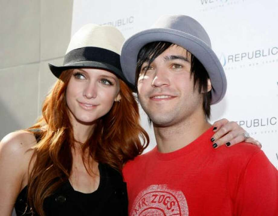 Ashlee Simpson-Wentz and Pete Wentz,:Kid's name: Bronx Mowgli