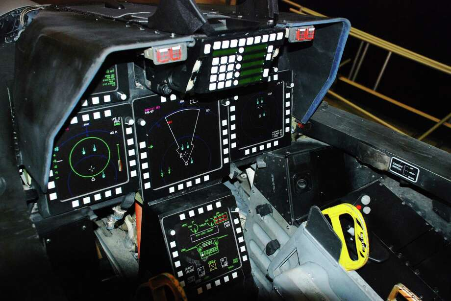 The cockpit of a F-22A Raptor. Photo: U.S. Air Force