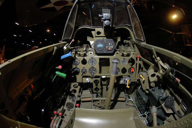 Mitsubishi A6M2 Zero cockpit . Photo: U.S. Air Force