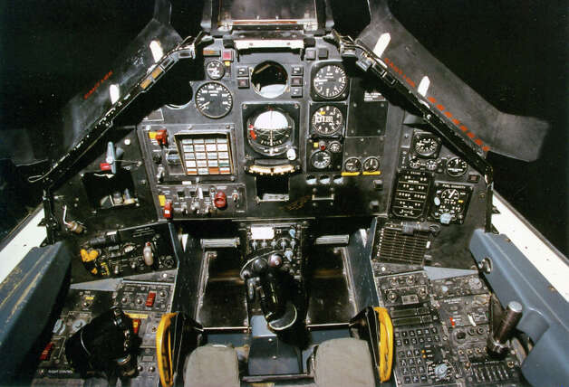 Lockheed F-117A Nighthawk stealth fighter cockpit . Photo: U.S. Air Force