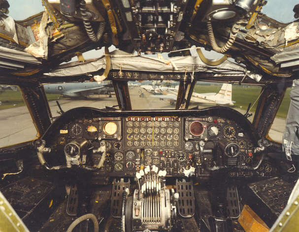 Cockpit of Boeing B-52D Stratofortress. Photo: U.S. Air Force