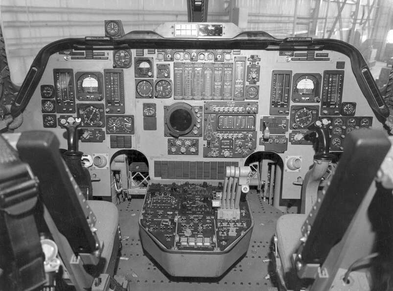 Rockwell International B-1A cockpit. Note the control sticks rather than the traditional bomber cont