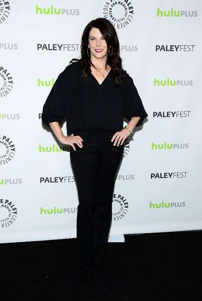 Actress Lauren Graham arrives at the 30th Annual PaleyFest: The William S. Paley Television Festival