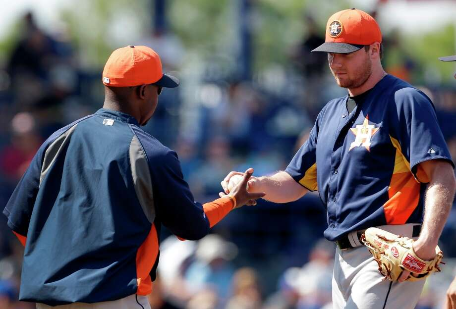 Mets 9, Astros 6Astros starting pitcher Alex White, right, is removed by manager Bo Porter during the third inning on Saturday in Port St. Lucie, Fla. Photo: Jeff Roberson