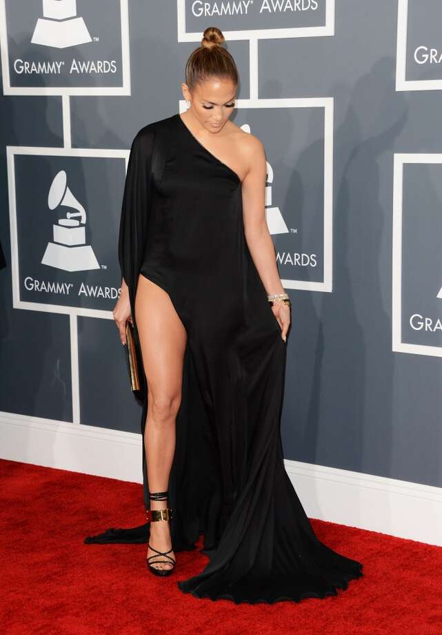 Is she closing or opening the drapes? (Jennifer Lopez at the Grammys, 2013).