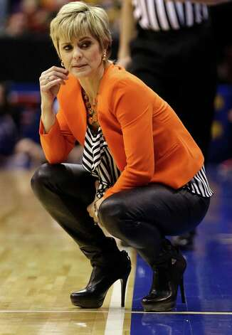 Baylor head coach Kim Mulkey looks back on sideline during the second half of an NCAA college basketball game against Kansas State in the Big 12 Conference tournament Saturday March 9, 2013, in Dallas. Baylor won 80-47. (AP Photo/LM Otero) Photo: LM Otero, Associated Press / AP