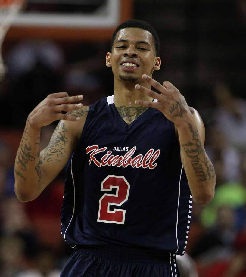 Dallas Kimball's Keith Frazier (2) reacts to one of his 3-pointers during the first half. Photo: Karen Warren, Houston Chronicle / © 2013 Houston Chronicle